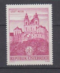 J29499, 1962-70 austria hv of set mh #702 building