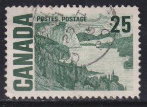 Canada 465 Solemn Land 25¢ 1967