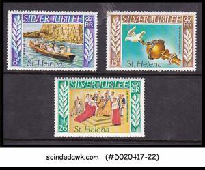 ST. HELENA - 1977 QEII SILVER JUBILEE - 3V - MINT NH