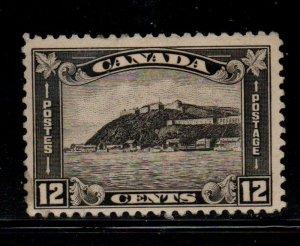 Canada Sc  174 1930 12c Quebec Citadel stamp mint
