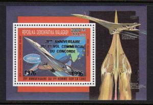 Madagascar 1996 Sc#1304 CONCORDE/HALLEY'S COMET S/S ovpt.Silver Perforated MNH