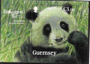 2013   GUERNSEY  -  SG.  MS 1499  -  GIANT PANDA   -  MNH