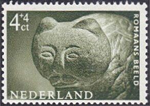 Netherlands # B363 mnh ~ 4¢ + 4¢ Roman Sculpture - Cat