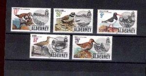 003918 ALDERNEY birds set 1984 MNH