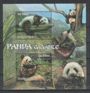 St. Thomas & Prince Islands MNH S/S Giant Pandas 2011