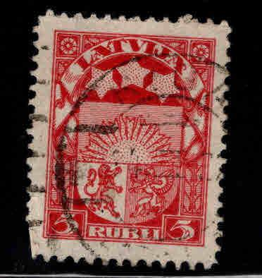 Latvia Scott 103 Used coat of arms stamp