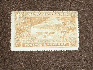 1907 NEW ZEALAND Stamps SG318 P14 1 1/2d CHESTNUT MOUNTED HINGED MINT MH