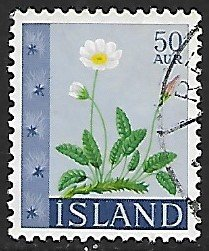 Iceland # 363 - Eight-petal Dryas - used....{GBl)