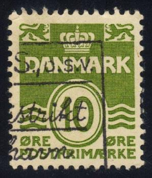 Denmark #318 Numeral, used (0.25)