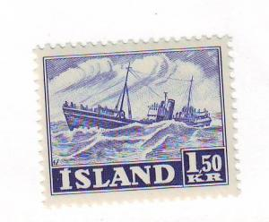 Iceland Sc 266 1950 1.5 kr fishing trawler stamp mint