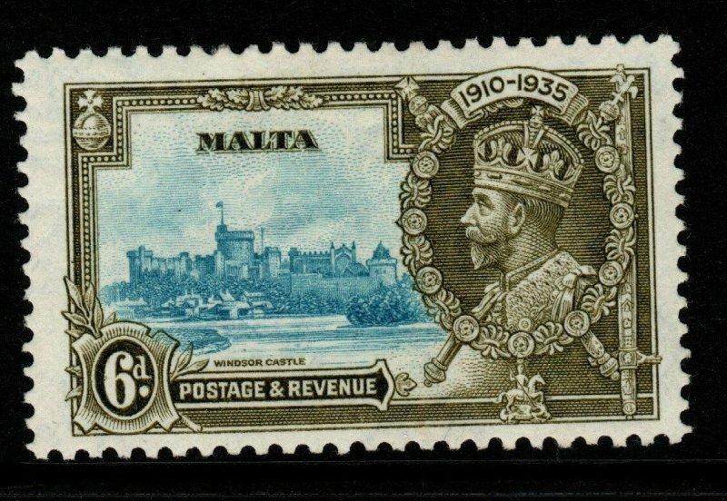 MALTA SG212a 1935 6d SILVER JUBILEE WITH EXTRA FLAGSTAFF MTD MINT
