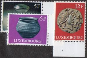 Luxembourg  Scott  582-584
