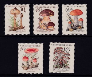 Czechoslovakia the 1958 Mushroom set MLH