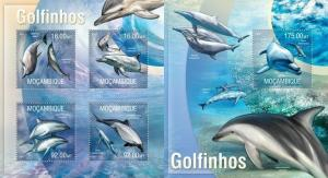 Mozambique 2013 marine life dolphins  klb+s/s MNH