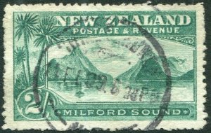 NEW ZEALAND-1906 2/- Green Perf 14 Sg 328 FINE USED V36163
