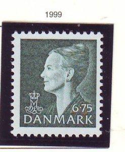Denmark Sc 1130 1999 6.75 kr slate green Queen  stamp mint NH