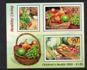 New Zealand Sc  B171a 2002 Healthy Living stamp sheet mint NH