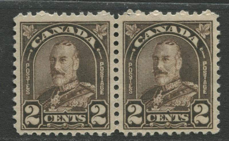 Canada - Scott 166a - General Issue - 1931- MNH -  Horiz.Pair of 2c stamp