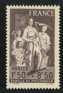 1943 France 598 Families of war prisoners
