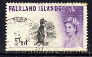 Falkland Islands 1960 - 66 QE2 5 1/2d Black & Violet Penguin used SG 199 ( D1...