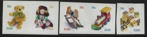 IRELAND  1379-1383  MNH  TOYS, YEAR OF THE HORSE SET 2003