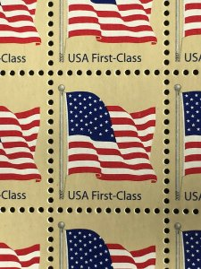 2007 sheet of 100 FIRST CLASS (41c) flag stamps Sc# 4129