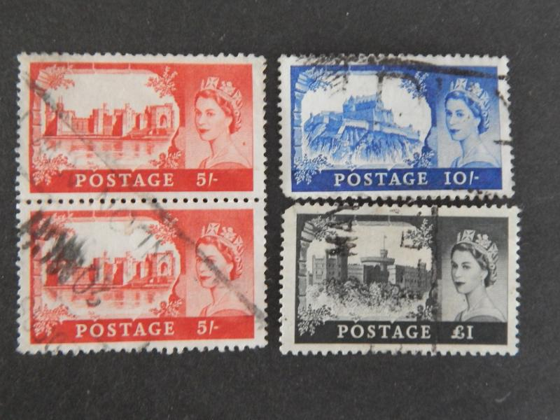 4 GB CASTLES STAMPS INCL. VERTICAL PAIR OF 5 SHILLING