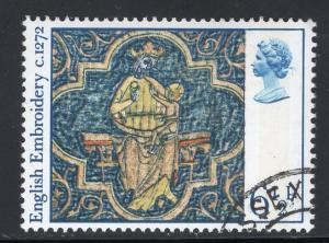 Great Britain  #798  cancelled  1976  Christmas  6 1/2p