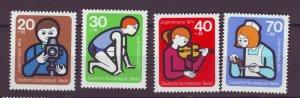 J24944 JLstamps 1974 germany berlin set mnh #9nb106-9 youth work