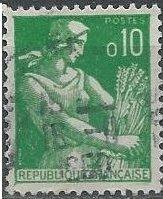 France 939 (used) 10c farm woman