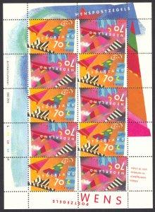 Netherlands 1993 Scott #824a Mini-Sheet of 5 Pairs Mint Never Hinged