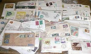 BELGIUM  596 FDC 1950's-2000 INCLUDES 16 MAXICARDS, 515 ARE CACHET UNADDRESSED