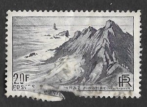 France Scott #571 20fr Point du Raz, Finistere (1946) Used