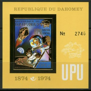 1974 Dahomey 598/B42b gold 100 years of UPU / Astronaut 40,00 €