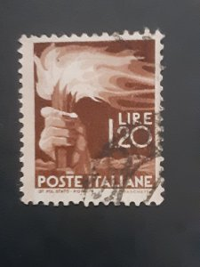 *Italy #469                 Used