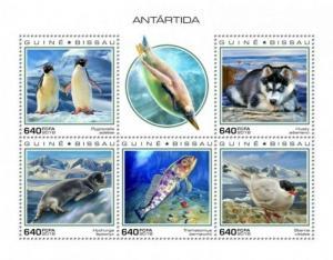 Guinea-Bissau - 2019 Antarctica - 5 Stamp Sheet - GB181002a