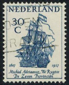 Netherlands Scott 371 Used.