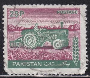 Pakistan 464 Farm Tractor 1979