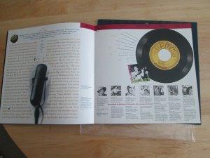 ELVIS MAJOR ERROR WITH CERTIFICATE AND ORIGINAL BOOK - LAST PRICE DROP