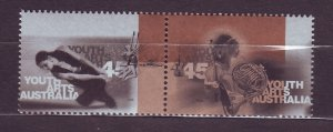 J23764 JLstamps 1998 australia pair set mnh #1680a arts