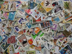 Topical hoard breakup 250 BIRDS stamps. Some duplicates & mixed condition