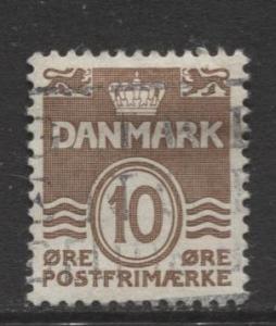 Denmark - Scott 229 - Definitive Issue -1937 - Used - Single 10o Stamp
