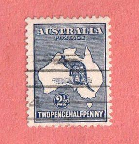 AUS SC #4 Used - 1913 Kangaroo and Map, CV $22.50