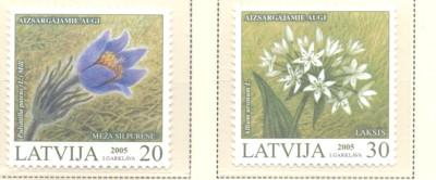 Latvia Sc 612-13 2005 Endangered Plants stamp set  mint NH