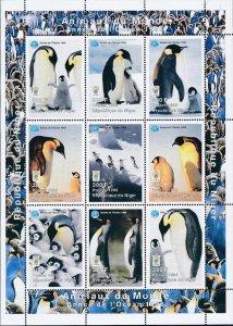 Niger 1998 Penguin Birds Ocean Animal Marine Life Scouts 9v MNH (L-116)