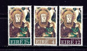 Ireland 323-25 MH 1972 Christmas