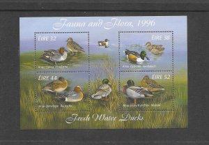 BIRDS- IRELAND #1027a  MNH