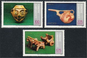 Turkey 1977 Istanbul 77 Stamp Exhibition Ancient Pottery Set 3 Stamps #2053-2055