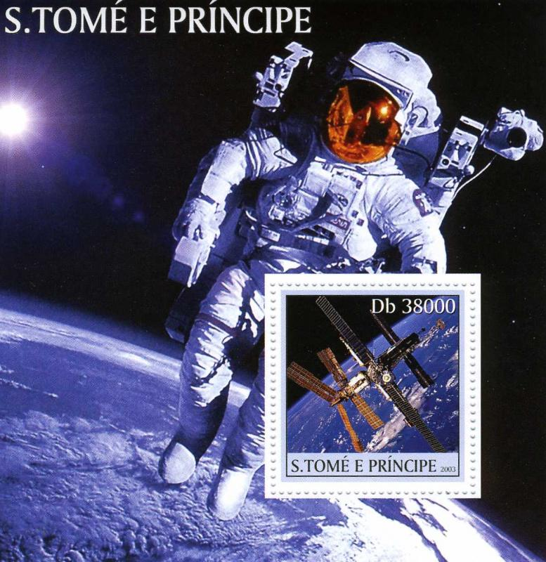 St. Thomas 2003 Space Exploration s/s Perforated mnh.vf