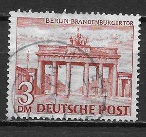 Germany Berlin 9N59 3m Brandenburg Gate single Used (z1)